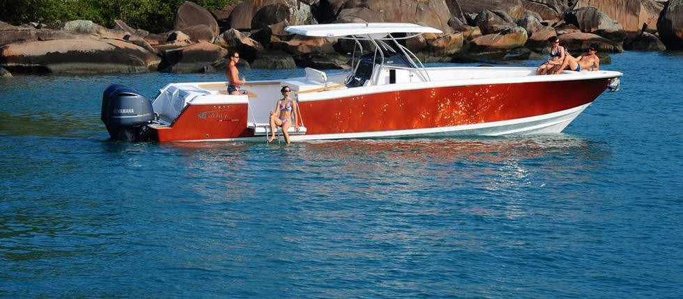 Luxury Speedbboat Sabi for Private Day Cruises in Phuket