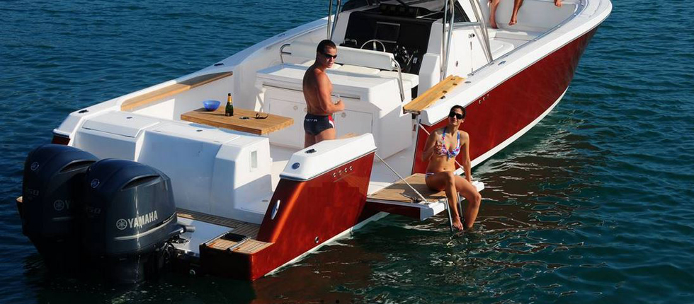 Luxury Speedbboat Sabi for Private Day Trips in Phuket